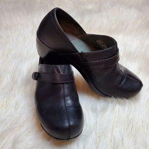 Dansko nursing clogs black leather size 10 (40)